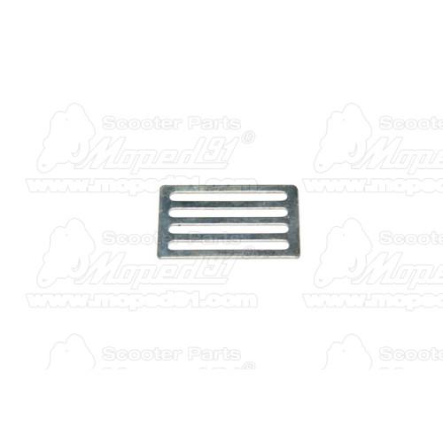 irányjelző hátsó ETZ / MZ TS / SIMSON S 50 / S 51 / S 70 / ROLLER SR 50 fehér komplett kerek (390570)
